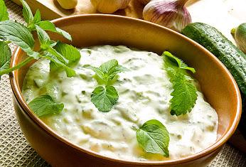 Házi joghurt saláta